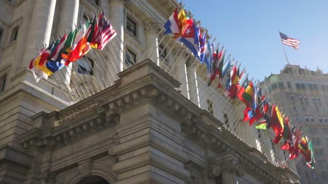 international flags - american flag - 外交点の映像素材/bロール