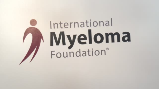 stockvideo's en b-roll-footage met atmosphere international myeloma foundation's 11th annual comedy celebration benefiting the peter boyle research fund at the wilshire ebell theatre... - wilshire ebell theatre