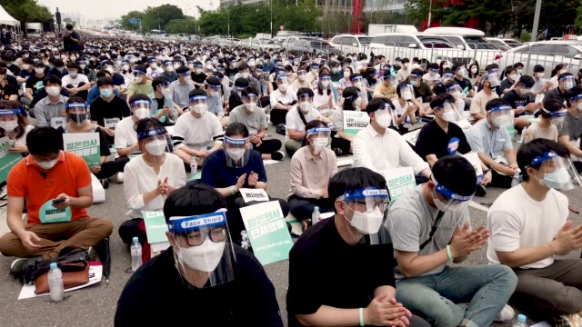 KOR: South Korea Imposes Restrictions Amid The Coronavirus Pandemic