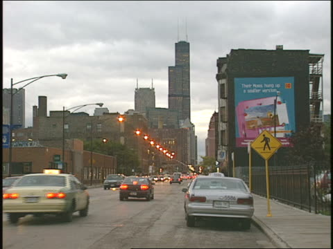 intersection and traffic in chicago - 1996 stock videos & royalty-free footage