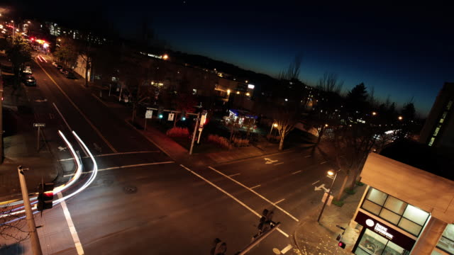 intersection timelapse - eugene oregon stock videos & royalty-free footage