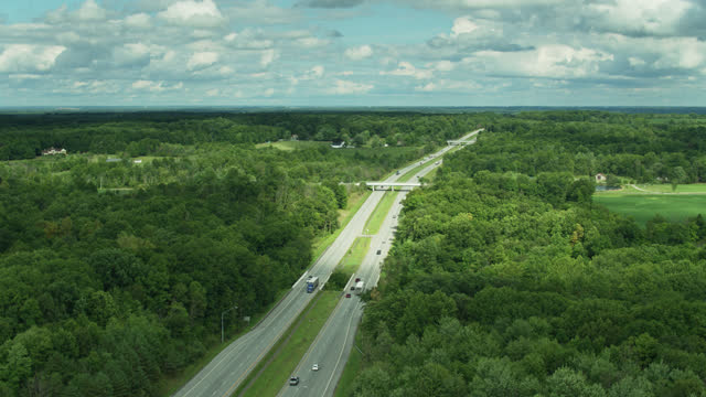 interstate in ohio - aerial view - american interstate stock videos & royalty-free footage