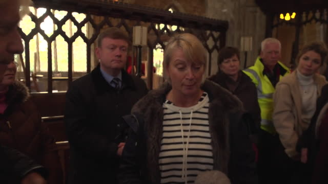 interview boris johnson pm on visit to flooded village of fishlake says more money will be available local resident pam webb says he's made that... - civilperson bildbanksvideor och videomaterial från bakom kulisserna