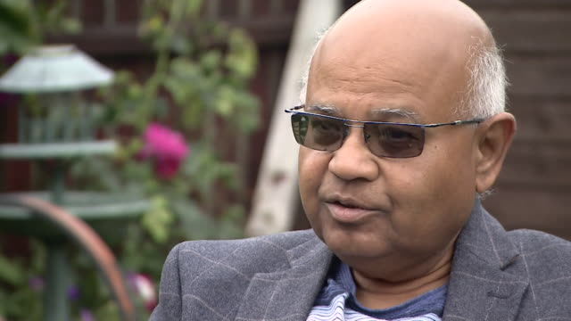 """interview councillor rashmikant joshi about leicester going back into lockdown due to surge in coronavius cases """"large families living in small... - asian and indian ethnicities stock videos & royalty-free footage"""
