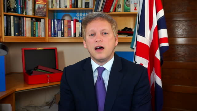 interview grant shapps, transport secretary, about possibility of international travel depending on vaccines worldwide - international politics stock videos & royalty-free footage