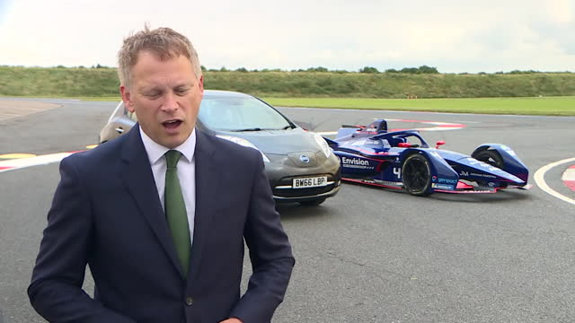 interview grant shapps, transport secretary, about the uk committed to being the first country to fly transatlantic carbon free - dedication stock videos & royalty-free footage