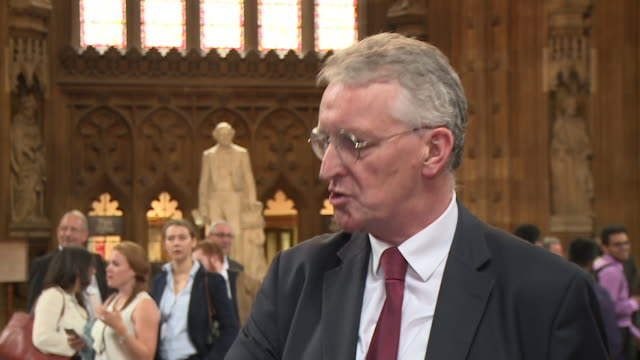 stockvideo's en b-roll-footage met interview hilary benn mp labour about vote to stop any attempt to suspend parliament to force a no deal brexit through parliament intends to be here... - britse labor partij