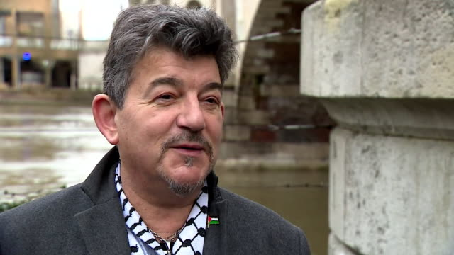 interview john altman, played nick cotton in eastenders, about actress june brown, who played his screen mum dot cotton, leaving eastenders - bbc stock-videos und b-roll-filmmaterial