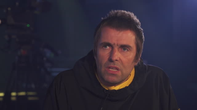 Interview Liam Gallagher about the politics in the UK and the Conservative Party