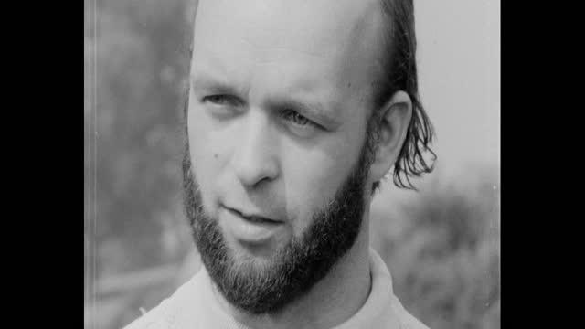 interview michael eavis, founder glastonbury festival, about toilet facilities at the first glastonbury festival on worthy farm, pilton, somerset - 出来事の発生点の映像素材/bロール
