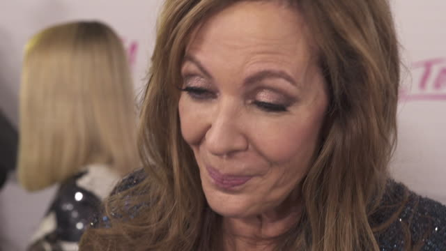Interview Oscar favourite Allison Janney on her first film awards season if she will give a political speech and her own background in figure skating...