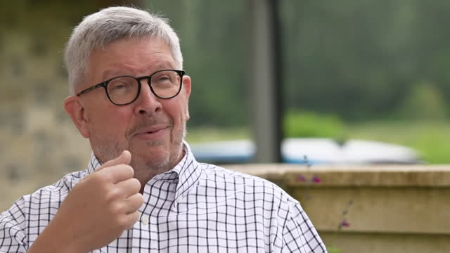 interview ross brawn, managing director motorsports formula 1, about how hydrogen powered cars could be the long term future for f1 as they attempt... - electric vehicle stock videos & royalty-free footage