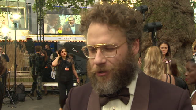 vídeos de stock e filmes b-roll de interview seth rogen about being in the lion king at the premiere leicester square - meghan markle lion king