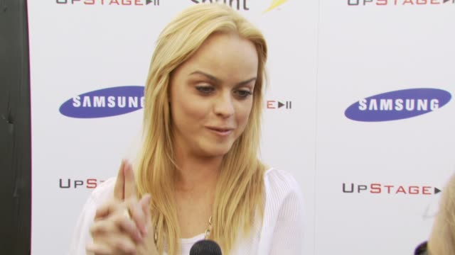 taryn manning on what she's looking forward to, how many cell phones she owns at the samsung and sprint present the upstage country club at upstage... - taryn manning stock videos & royalty-free footage