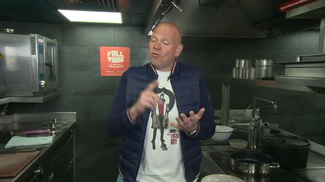 interview tom kerridge, chef, about releasing affordable recipe ideas, with marcus rashford, to help people learn to cook - preparing food stock videos & royalty-free footage