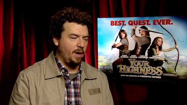 "stockvideo's en b-roll-footage met interview with actor danny mcbride on newly released film ""your highness""; england: london: int danny mcbride interview sot - brotherliness in your... - western script"