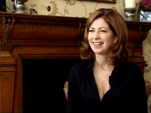Interview with actress Dana Delany On the possible actors strike in America / press intrusion / her future in the show / possibility of a Desperate...