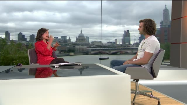 interview with 'body coach' joe wicks on healthy eating gir int joe wicks live studio interview sot - ニナ・ホサイン点の映像素材/bロール