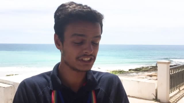 interview with local volunteer pedro lemos in praia da luz about the village and disappearance of madeleine mccann - madeleine mccann video stock e b–roll