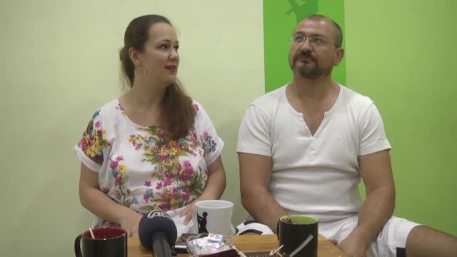 interview with ukrainian alesya savchenko and her turkish husband suat deniz in their home on august 07, 2019 in antalya, turkey. initially... - 2010 2019 stock videos & royalty-free footage