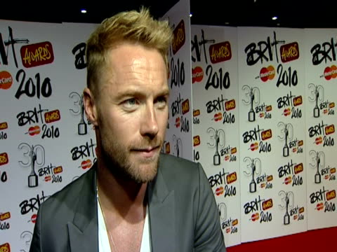 ronan keating on enjoing the evening; on lady gaga; on his favourite brits memory being performing with boyzone; on robbie williams at the the brit... - ronan keating stock videos & royalty-free footage