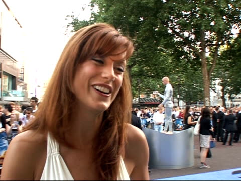 interviews and photocalls on red carpet at 'fantastic four: rise of the silver surfer' film premiere; kate walsh interview sot - on the reaction to... - 作品名 ファンタスティック・フォー点の映像素材/bロール