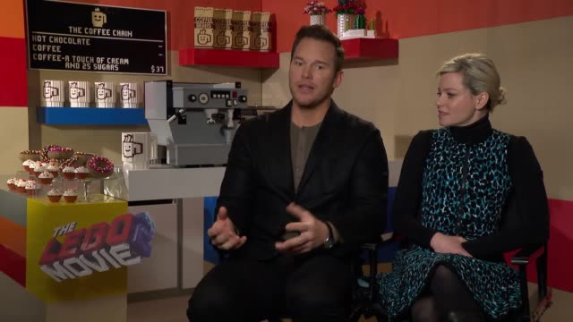 interviews with chris pratt, elizabeth banks, tiffany haddish and will arnett for the launch of the lego movie 2. stars discuss what they love most... - ウィル アーネット点の映像素材/bロール