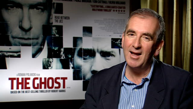 stockvideo's en b-roll-footage met interviews with olivia williams and robert harris on film 'the ghost' harris interview sot on inspiration for the book / admires performance of ewan... - roman polanski