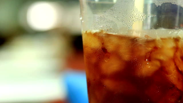 Interweave ice coffee in cup