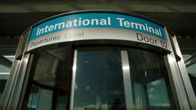 ms td intl terminal entrance - san francisco international airport stock videos & royalty-free footage