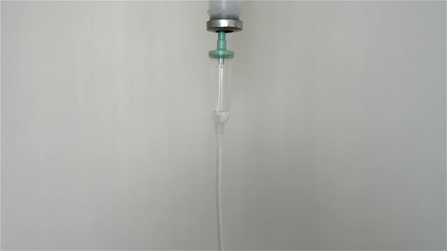 stockvideo's en b-roll-footage met intravenous drip - nhs
