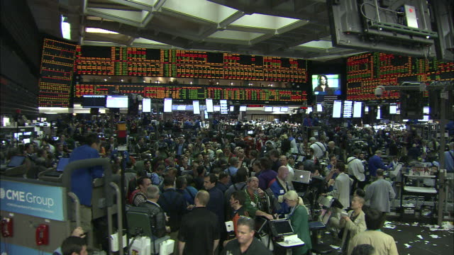 investors crowd the chicago stock exchange. - market trader stock videos & royalty-free footage
