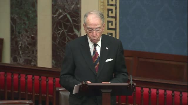 iowa senator chuck grassley says in senate floor remarks about foreign adversaries and domestic politicians politicizing the 2020 election that just... - portionspåse bildbanksvideor och videomaterial från bakom kulisserna