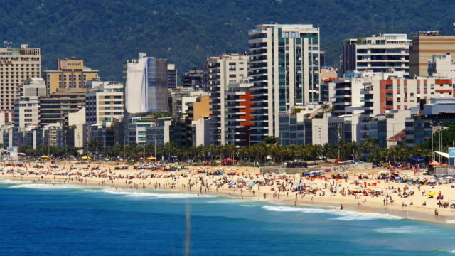 イパネマビーチ、リオデジャネイロ - ヒート点の映像素材/bロール