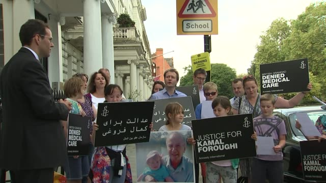 iranian court rejects the final appeal of imprisoned british charity worker t01091614 / 192016 london ext various shots richard ratcliffe and others... - richard ratcliffe video stock e b–roll