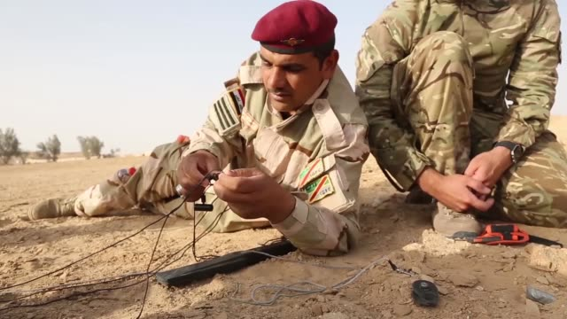 iraqi soldiers conduct counter improvised explosive device training instructed by british trainers and us marines at camp al asad iraq july 13 2017... - military training stock videos & royalty-free footage