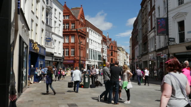 ireland dublin mall and shoppers - high street stock videos & royalty-free footage