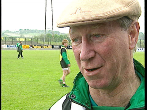 ireland football manager jack charlton granted freedom of dublin ireland dublin ext cms jack charlton intvwd sot somebody asked me if ireland were... - jack charlton stock videos & royalty-free footage