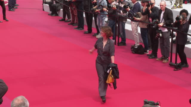 irene jacob at 'portrait of a lady on fire ' red carpet arrivals the 72nd cannes film festival at palais des festivals on may 19 2019 in cannes france - fille de stock videos & royalty-free footage
