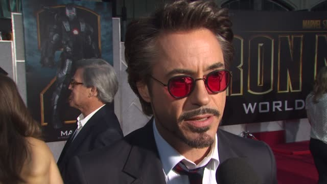 iron man 2' premiere, hollywood, ca, united states, - première stock-videos und b-roll-filmmaterial