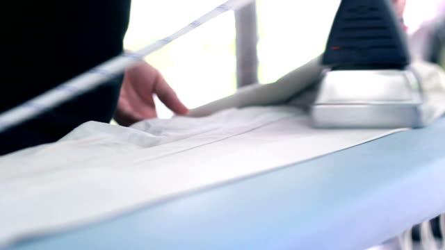 鉄のトラウザー - アイロン点の映像素材/bロール