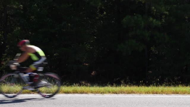 Ironman 70.3 men bike race