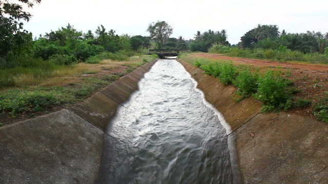 irrigation canal - irrigation equipment stock videos & royalty-free footage