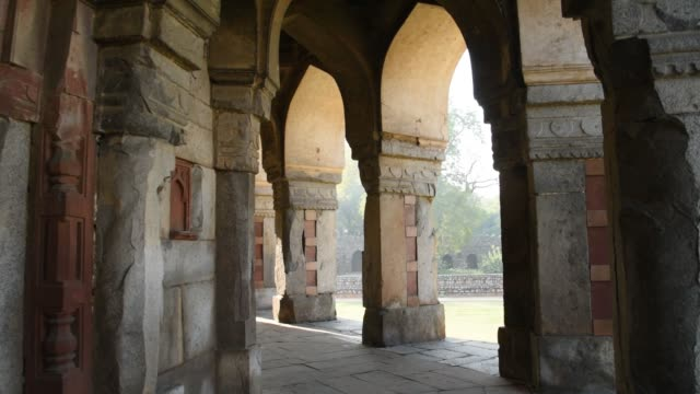 isa khan's mosque and his tomb, delhi, india. - architecture stock videos & royalty-free footage