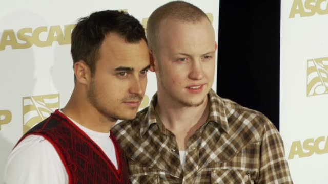 vidéos et rushes de isaac slade and joe king of the fray at the ascap pop music awards at the kodak theatre in hollywood, california on april 18, 2007. - ascap
