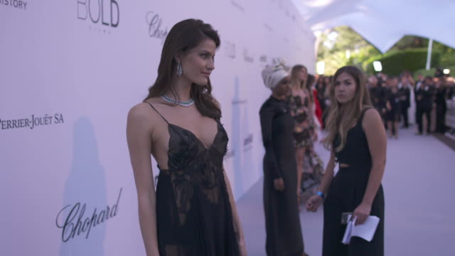 SLOMO Isabeli Fontana at amfAR Gala Cannes 2018 at Hotel du CapEdenRoc on May 17 2018 in Cap d'Antibes France