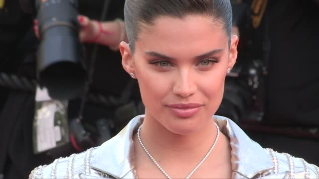 isabeli fontana, sara sampaio, izabel goulart, victoria silvstedt and more on the red carpet for the screening of rocketman during the 72nd annual... - izabel goulart stock videos & royalty-free footage