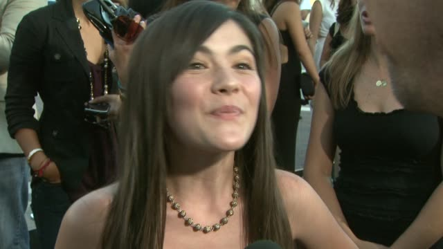isabelle fuhrman on how surreal the experience has been landing the role becoming the character how she got involved in the entertainment business at... - première video stock e b–roll