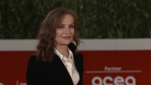 """isabelle huppert attends the red carpet of the movie """"le discours"""" during the 15th rome film festival on october 19, 2020 in rome, italy. - rome film festival stock videos & royalty-free footage"""