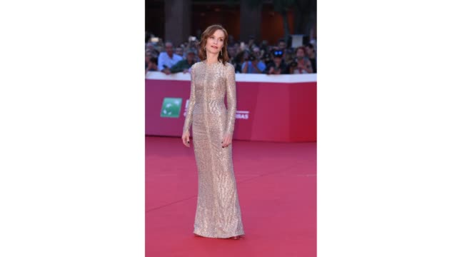 gif isabelle huppert walks a red carpet during the 13th rome film fest at gif rome film fest 2018 at auditorium parco della musica on october 18 2018... - rome film fest stock videos and b-roll footage